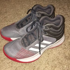 Adidas baskets shoes size 4.5 kids